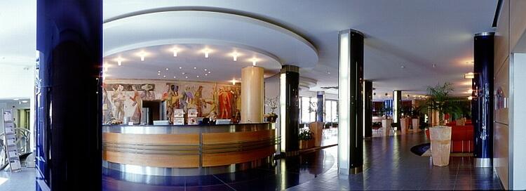 Bio-Seehotel Zeulenroda Foyer